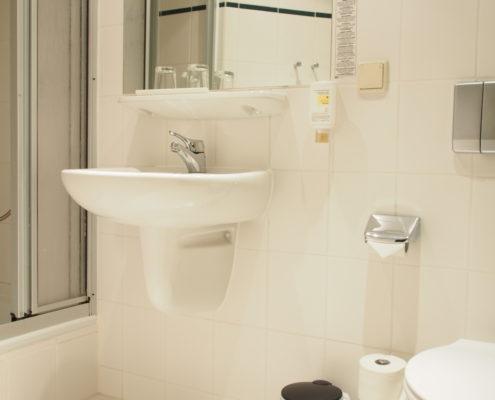 Pension Ottendorf-Okrilla Zweibettzimmer Bad